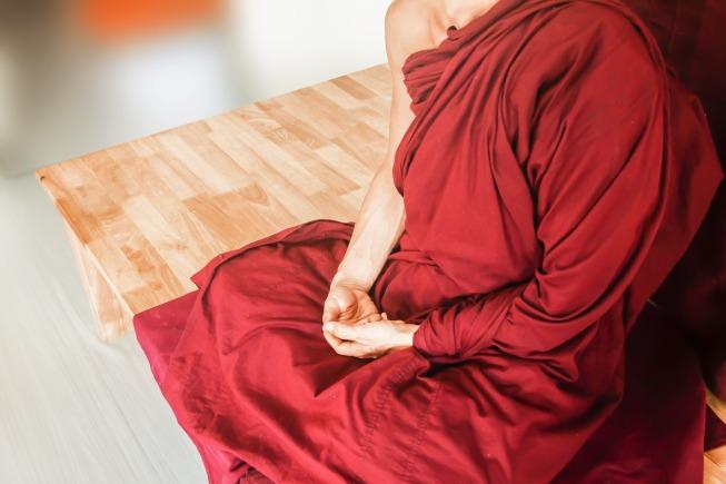 theravada-buddhism-1810156_1920