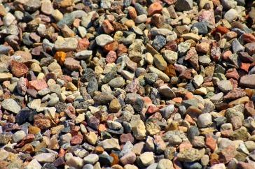 pebbles-3429815_1920