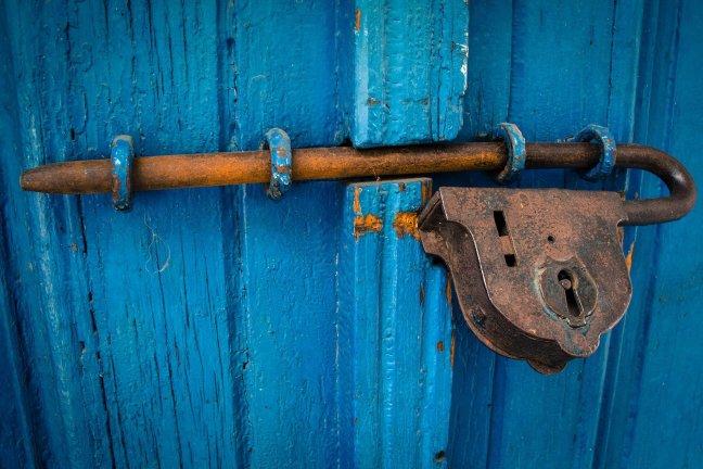 door-1587863_1920